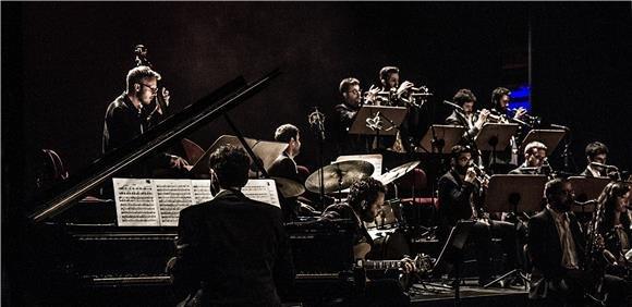 Orquestra de Jazz do Hot Clube de Portugal com  Julian Argüelles