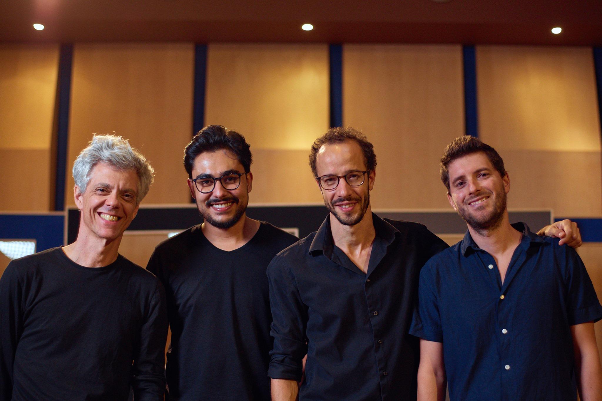 [ADIADO] Júlio Resende - Fado Jazz Ensemble