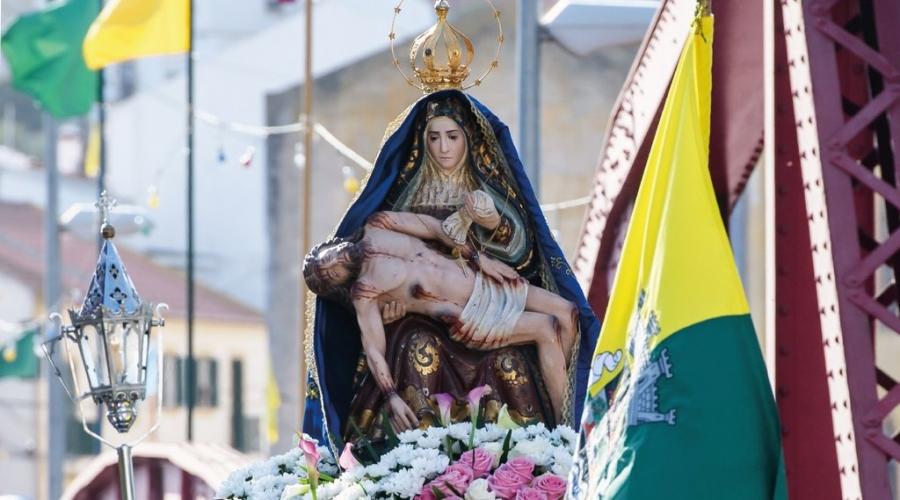Celebrações Religiosas em Honra de Nossa ...