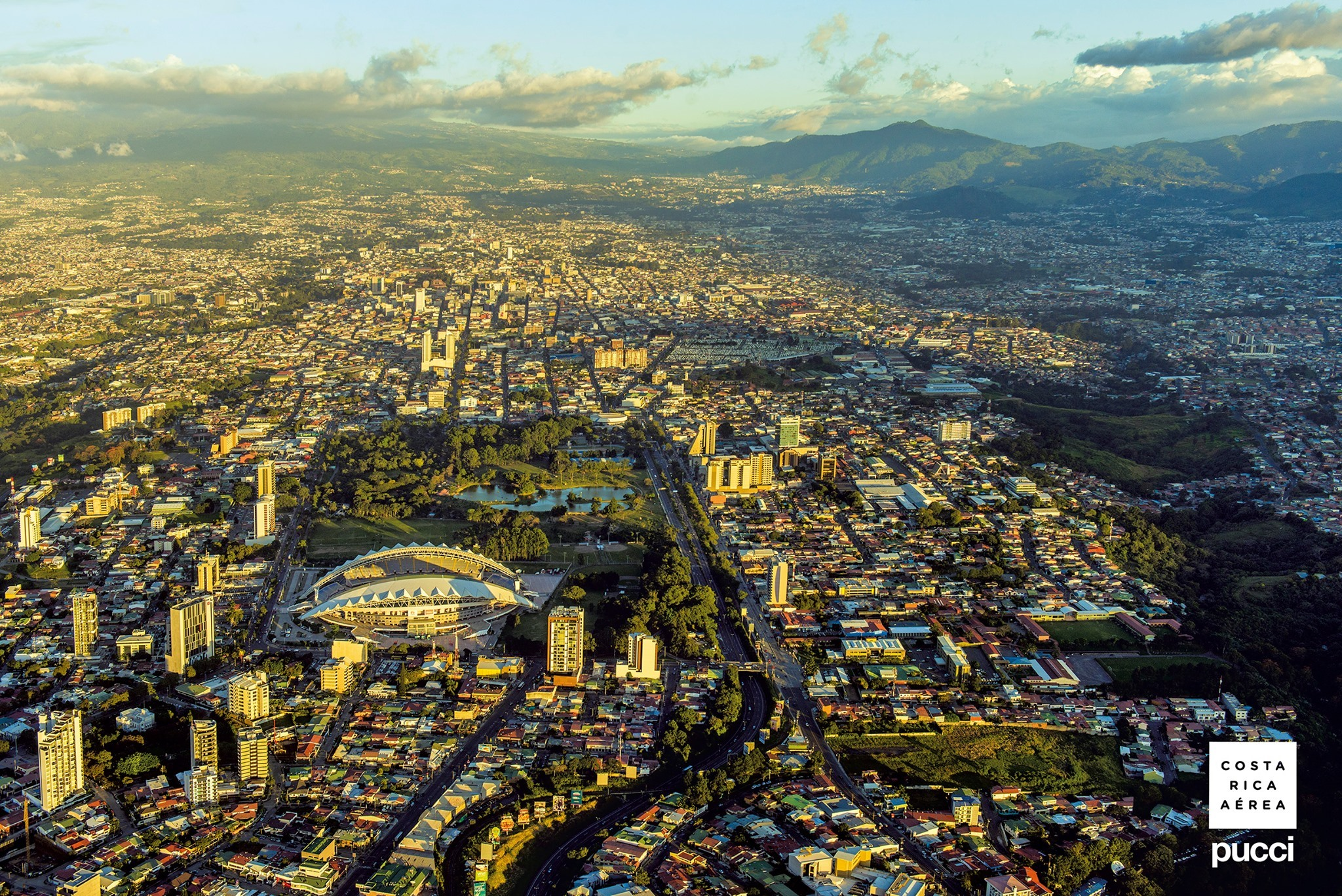 Conversatorio: 'Movilidad Urbana para la Costa Rica del Bicentenario'