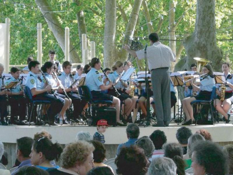 Música: Banda da Associação Humanitária dos Bombeiros Voluntários de Vila Nova da Barquinha