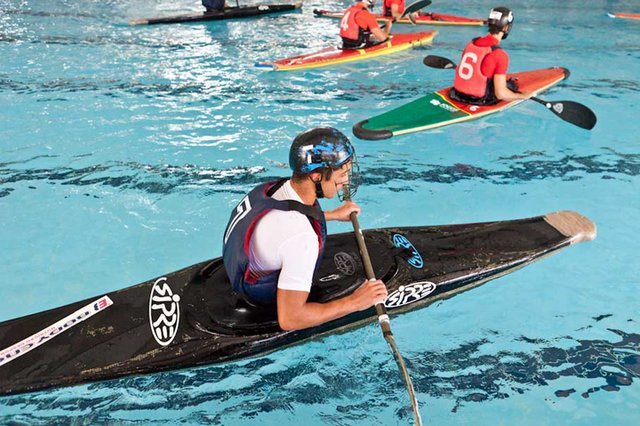 2.º Torneio de Kayak Polo