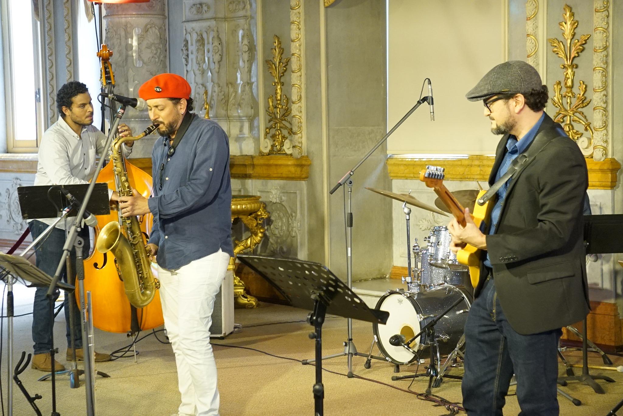 Jazz Beat presenta 'Tupac Amarulloa y Calleancha'.