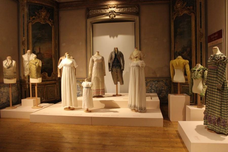 Visita à exposição permanente ao Museu Nacional do Traje