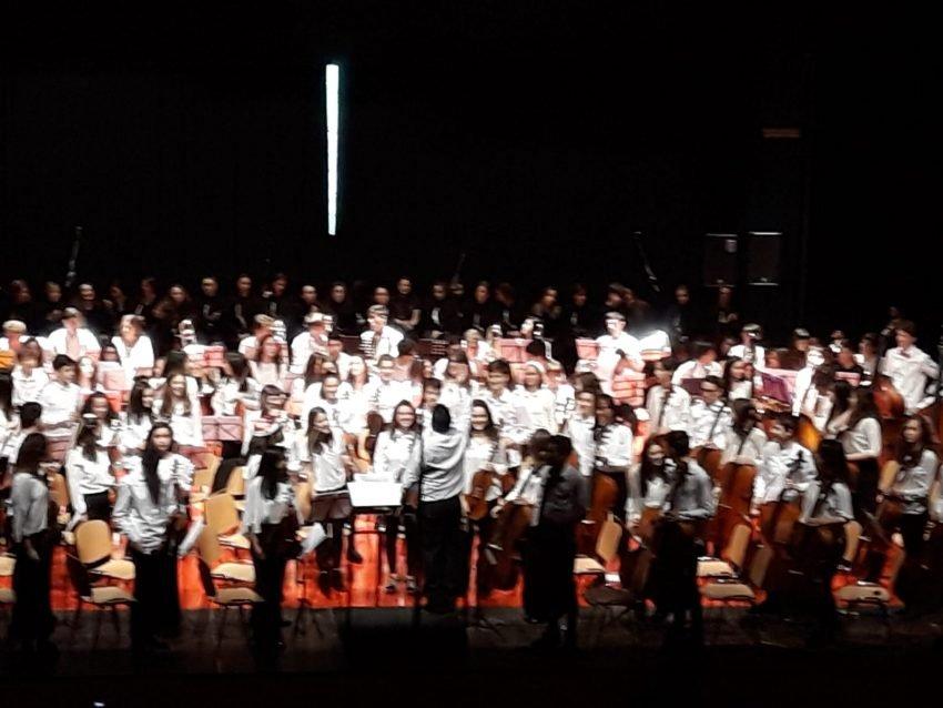 Primera actuación de la Orquesta  Infantil y Juvenil de Extremadura en Cáceres