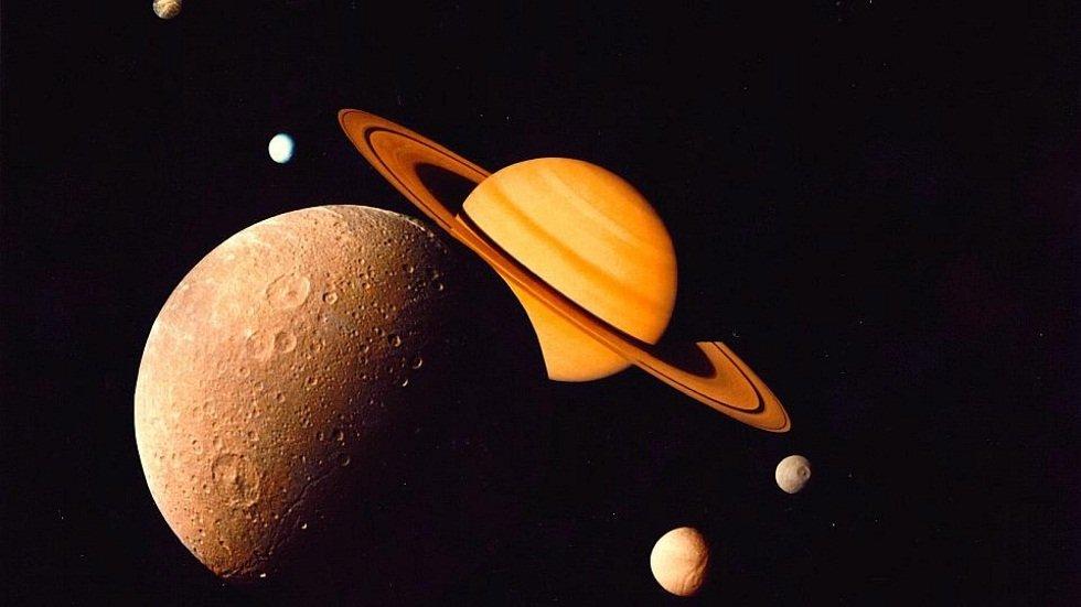 Observación nocturna con telescopio