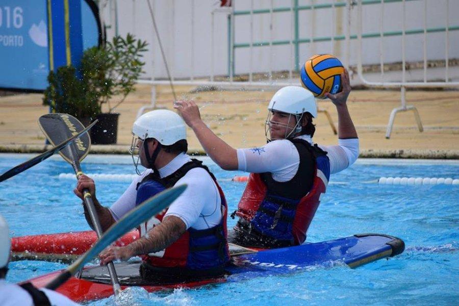 Demonstração de Kayak-Pólo
