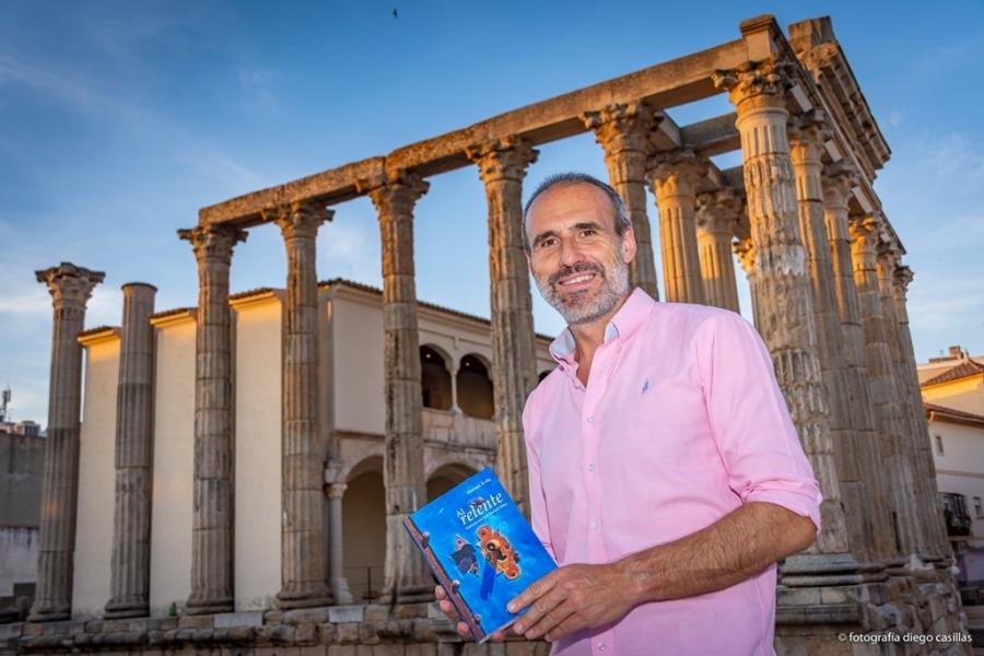 Presentación del libro 'Al Relente' de Manuel Ávila