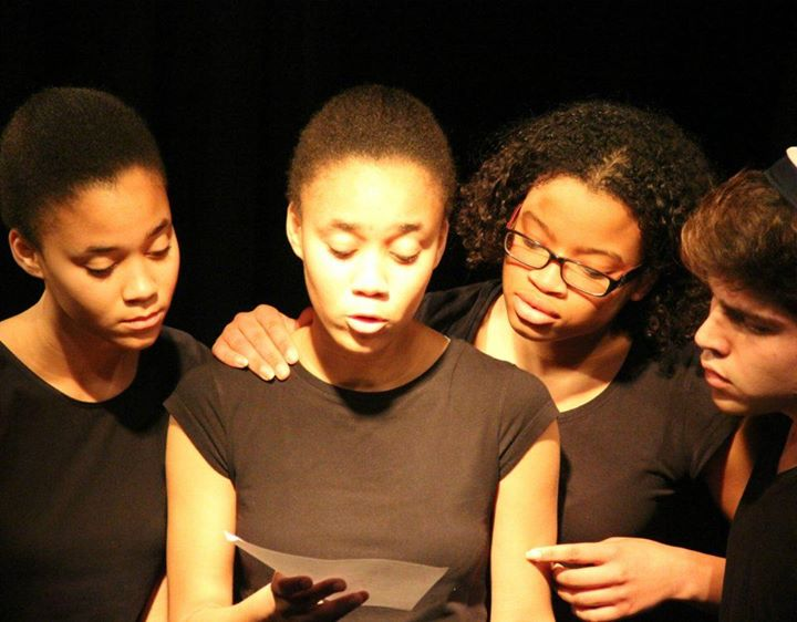 Curso Iniciação ao Teatro para Jovens, com Carolina Abrantes