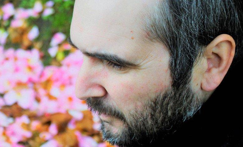 Hábitos Musicais – Homem em Catarse // Oito24