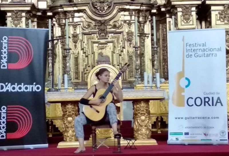 Concierto de Elodie Brzustowski y Carlos Molina (Orquesta de Guitarras)