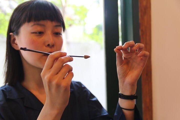 A forma do Aroma: Cerimónia de incenso com Dambi Kim (Seoul)