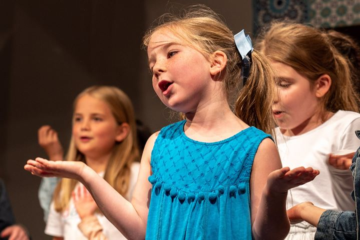 Oficina Teatro Musical 'Mamma Mia' para crianças - Porto