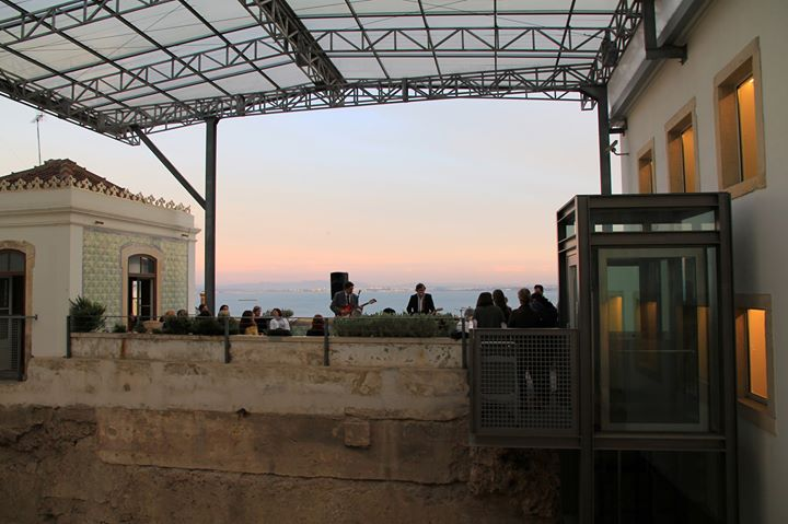 Hora de Baco no terraço do Museu de Lisboa - Teatro Romano