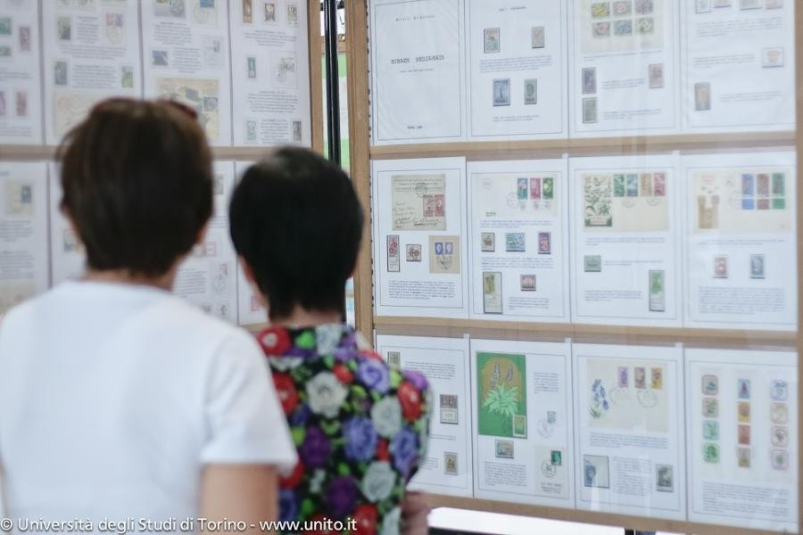 Mostra filatélica comemorativa do 10º aniversário da Biblioteca Municipal Vicente Campinas