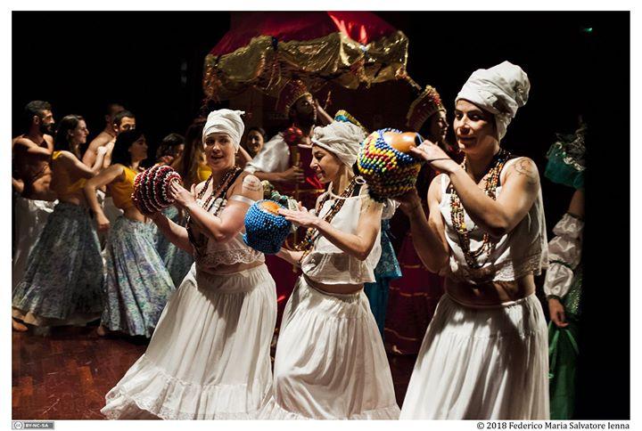 Espetáculo Multicultural Alto Astral na Feira da Luz