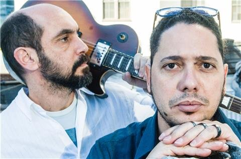 Desembarcação com o escritor Ondjaki e o músico Marcello Magdaleno