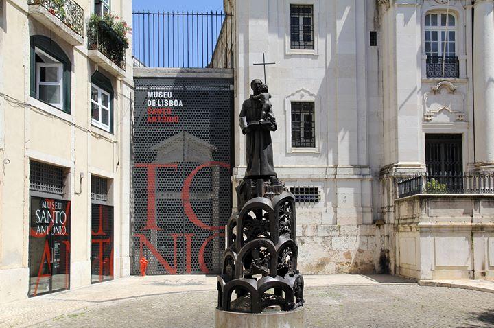 As histórias da estátua | Atividade para famílias
