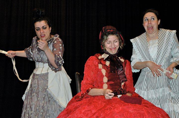 Teatro D'Rule   «Tres en línea»