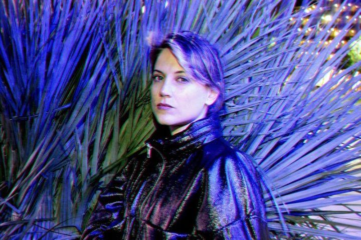 Ana Helder (AR) + Magazino