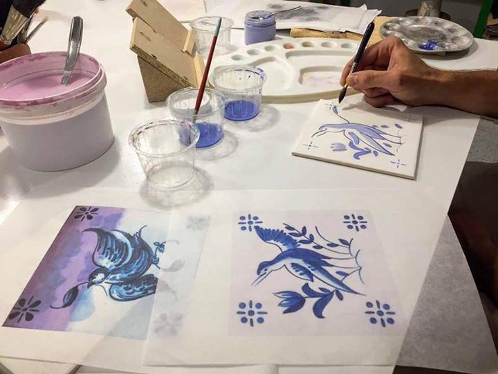 Oficina de Pintura em Azulejo - Figura Avulsa