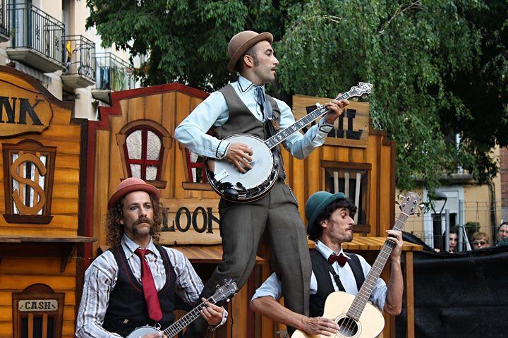 Circo y Humor 'Yee How'