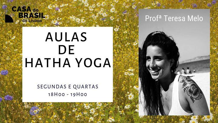 Aulas de Hatha Yoga na Casa do Brasil