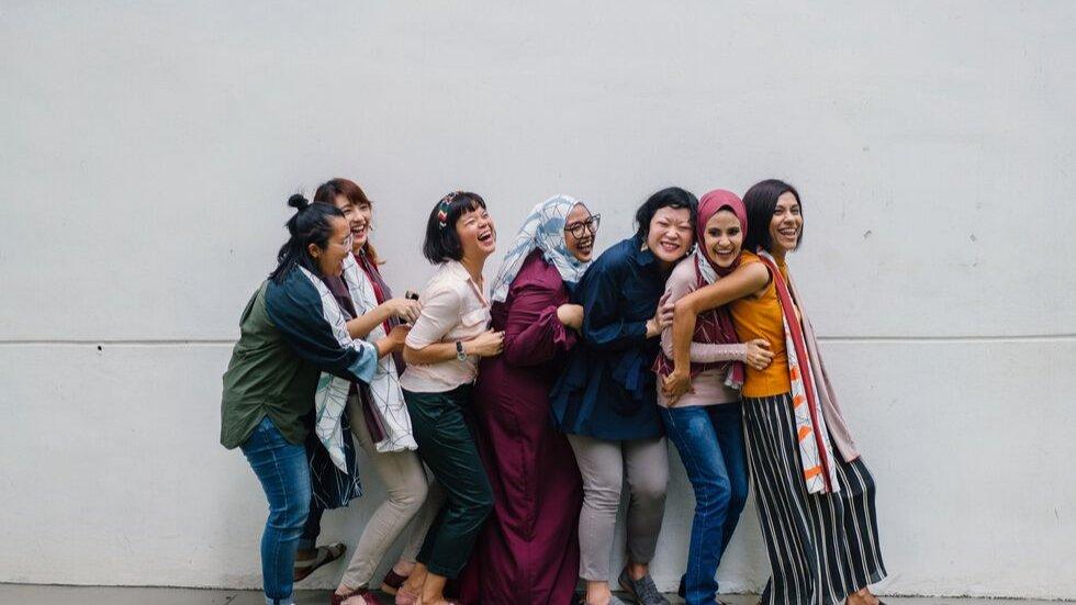 Coloquio e intercambio de experiencias sobre la situación de la mujer- MÉRIDA