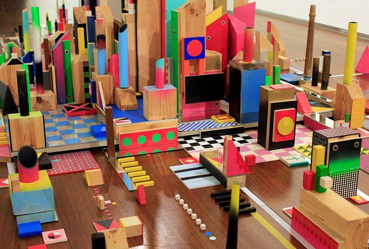 Visita-jogo na exposição 'Arquitecturas Pintadas'