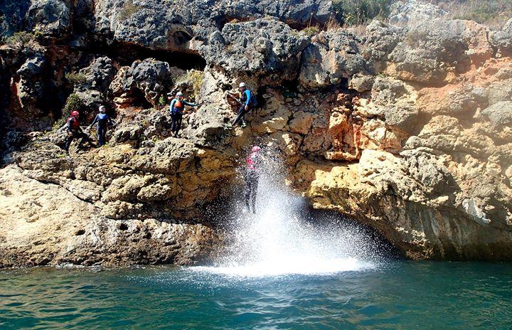 Coasteering + Speedboat Sesimbra