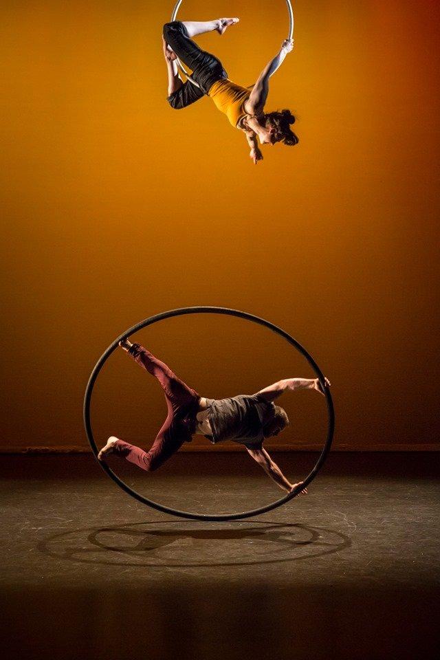 How to Square a Circle de Aisling Ní + Ronan Brady [IE]