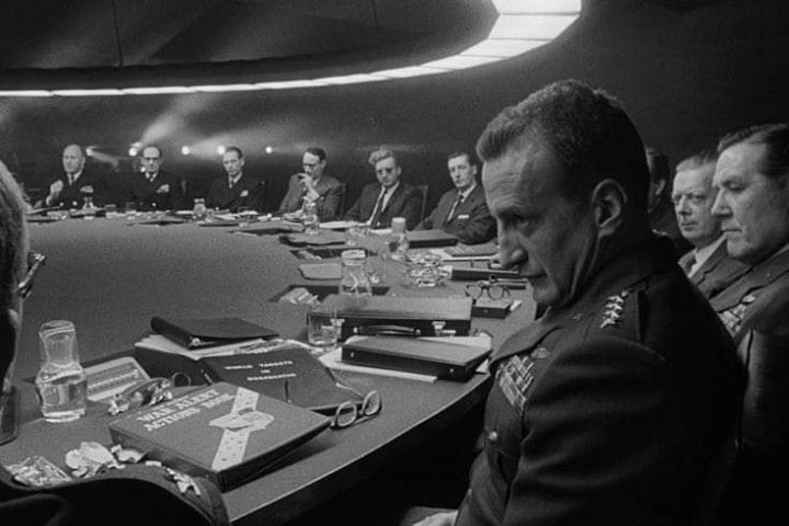 Dr. Strangelove - Sessão de Cinema ► FLUL
