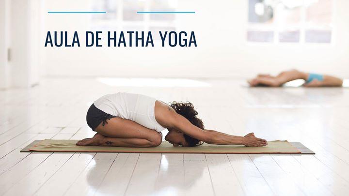 Aula de Hatha Yoga