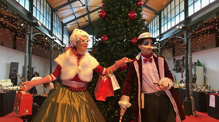 Anymamundy 'Ms. Merry & Mr. Christmas'