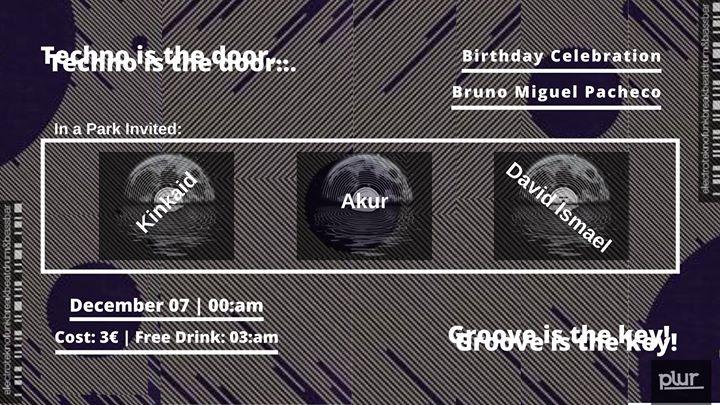 Techno is the door#Groove is the key