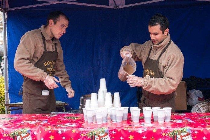 Roscón de Reyes y chocolate