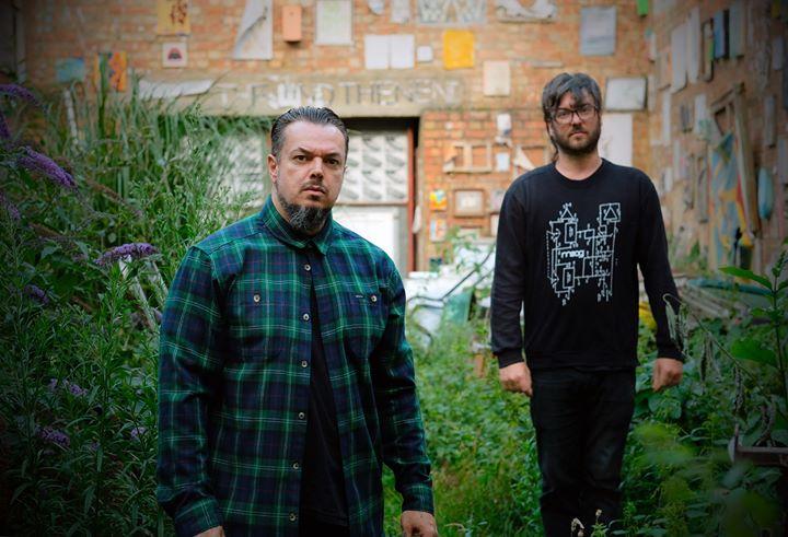 Petbrick + Krypto | Musicbox