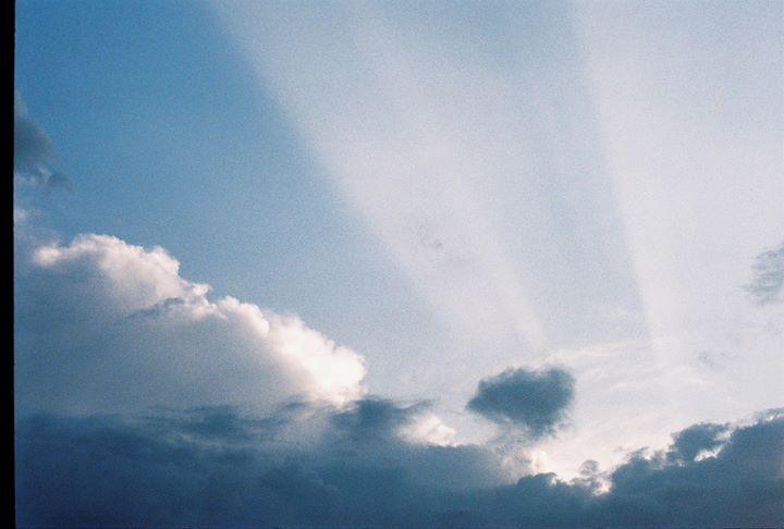 Pés assentes no céu