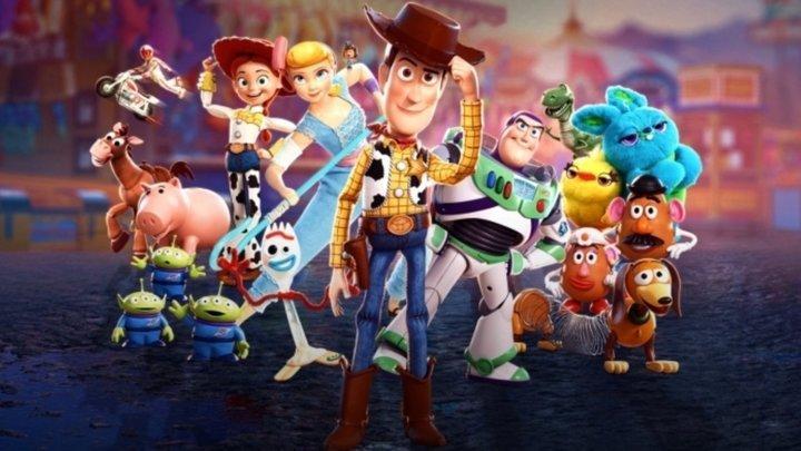 """Projeção cinematográfica """"Toy Story 4"""""""