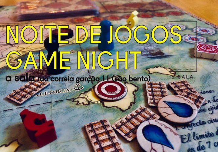 Noite de Jogos n'a Sala /// Game Night at a Sala