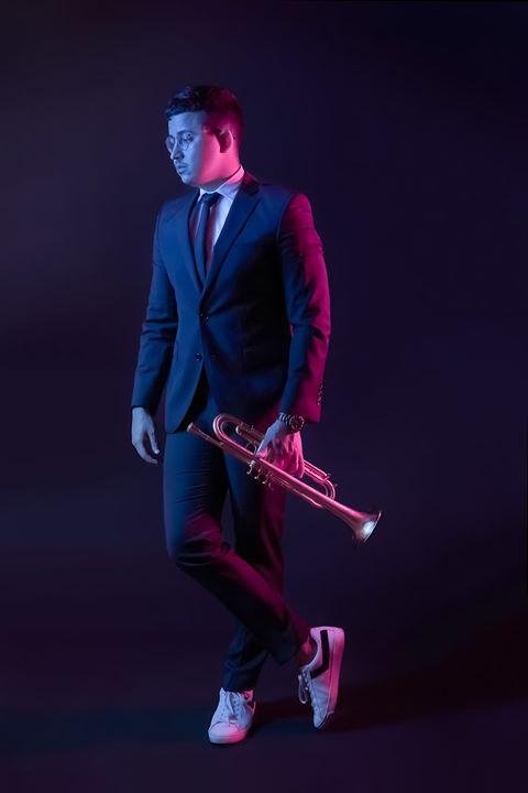 Sábados Porta-Jazz   Gileno Santana Trio