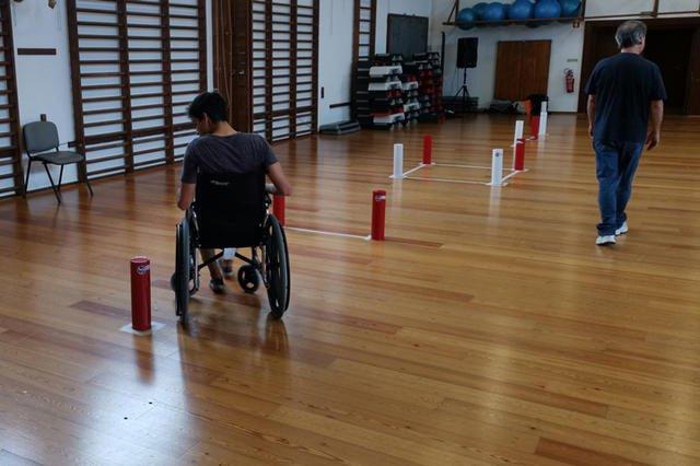 Slalom em Cadeira de Rodas