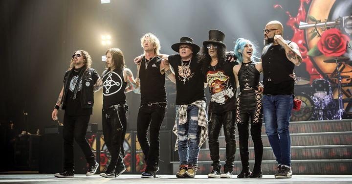 Guns N' Roses // Passeio Marítimo de Algés