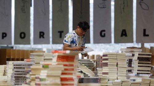 Festivais e feiras de livros. Escritores e leitores cara a cara