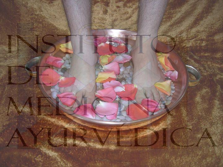 Reflexologia Ayurvédica com Kansu Pés e Mãos
