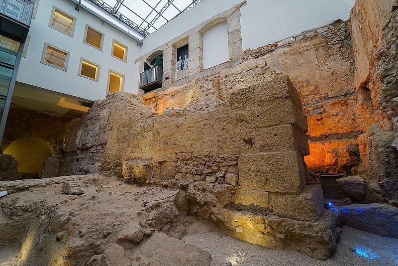 Visitas orientadas ao Teatro Romano de Olisipo