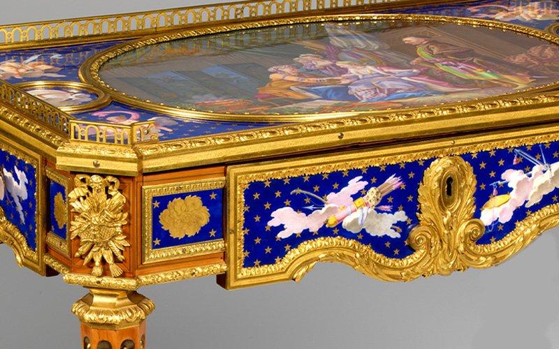 A Idade de Ouro do Mobiliário Francês. Da Oficina ao Palácio