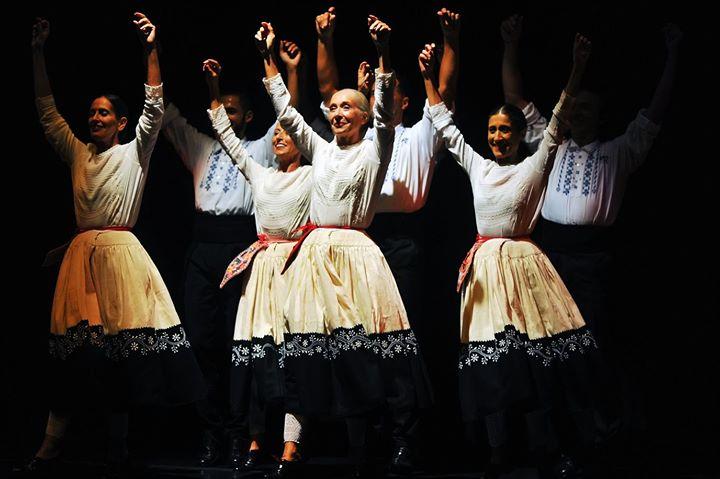 Dança: Reviravoltas com o Grupo Nossas Danças