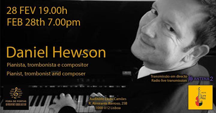 Daniel Hewson piano solo