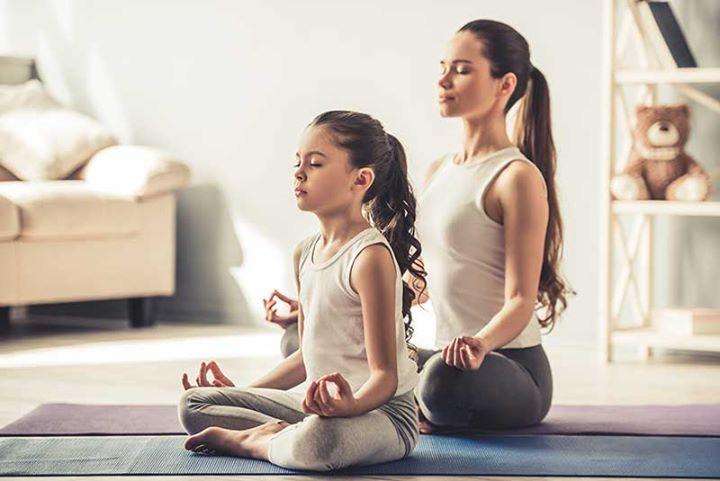 Aula Yoga Famílias - Estoril